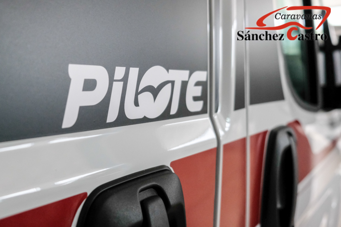 PILOTE V 600S EXCLUSIVE EDITION lleno